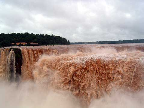 World Travel Photos :: Argentina - Iguasu Waterfalls :: Argentina. Iguasu Waterfalls (Foz do Iguacu)