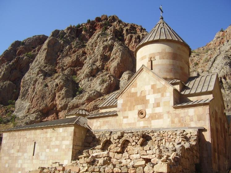 World Travel Photos :: Armine-Karakhanyan :: Surp Astvatsatsin (Holy Mother of God) church in Noravank