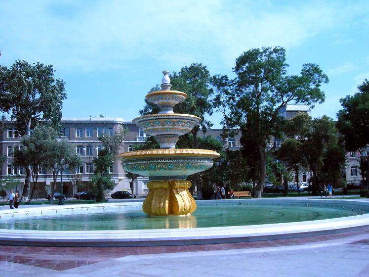 World Travel Photos :: Mark :: Baku - a fountain