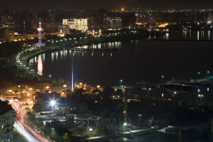World Travel Photos :: site-photo :: Azerbaijan. Baku at night