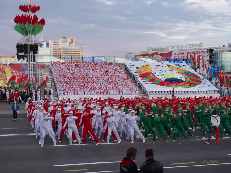 World Travel Photos :: Belarus - Minsk :: Minsk, Belarus - a rehearsal for the Independence Day parade