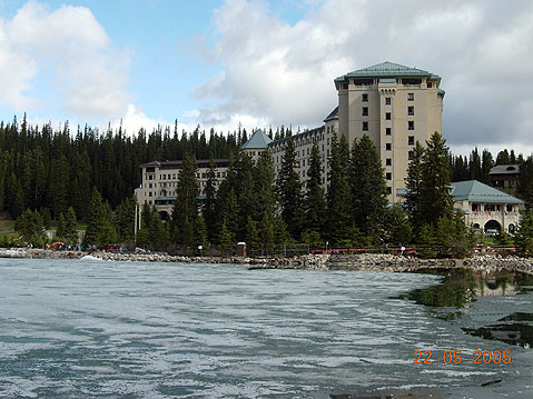 World Travel Photos :: Canada - Alberta - Misc :: Alberta. Lake Louise Chateau Hotel