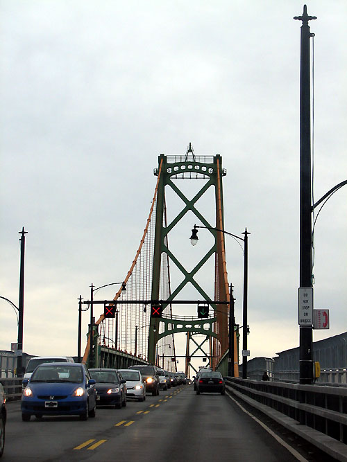 World Travel Photos :: Canada - Nova Scotia - Halifax :: Halifax - a bridge to Dartmouth