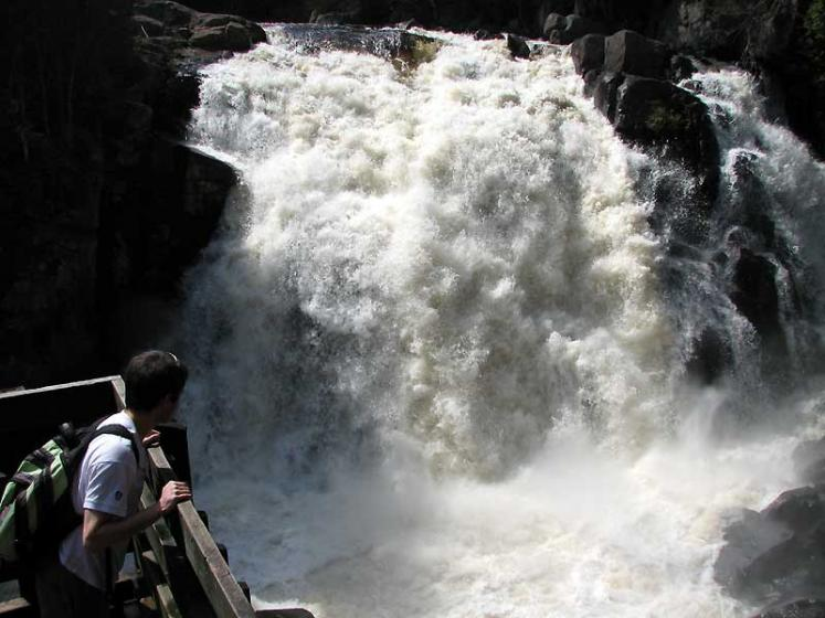 World Travel Photos :: Canada - Quebec - Mont-Tremblant :: Quebec. Parc du Mont-Tremblant - La Chute-du-Diable