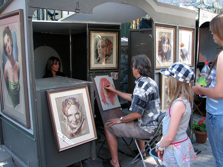 World Travel Photos :: Alec :: An artist´s booth in Quebec City