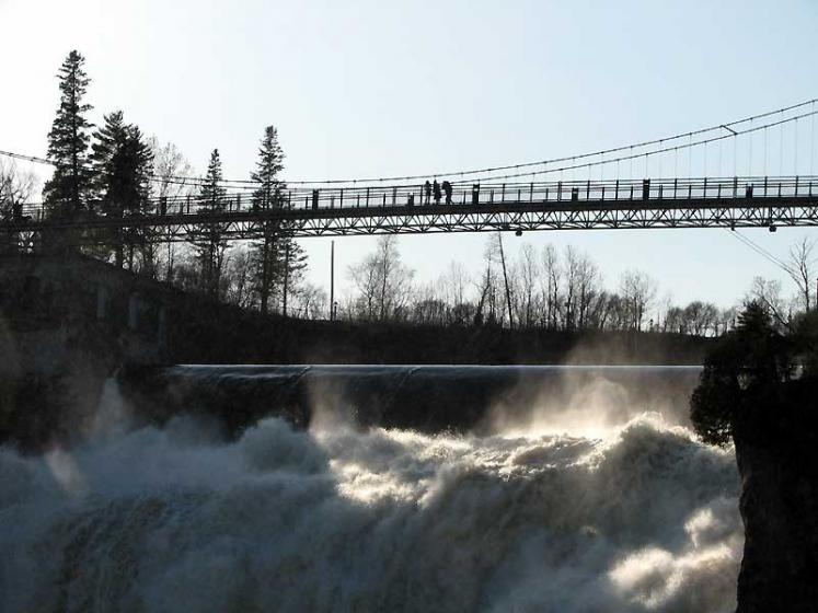 World Travel Photos :: Montmorency Falls :: Quebec City. Montmorency Falls