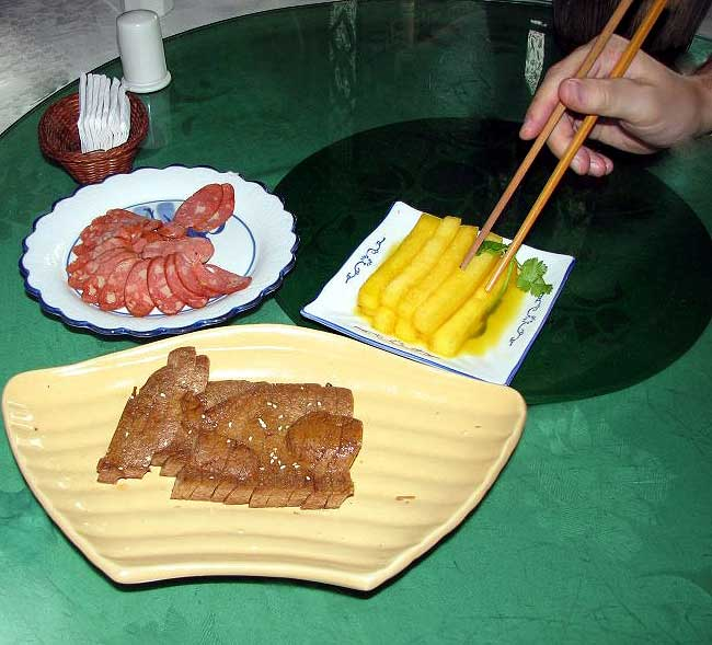 World Travel Photos :: Traditional food :: China. Bon appetite!