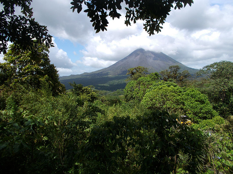 World Travel Photos :: Landscapes :: Costa Rica. Arenal Volcano