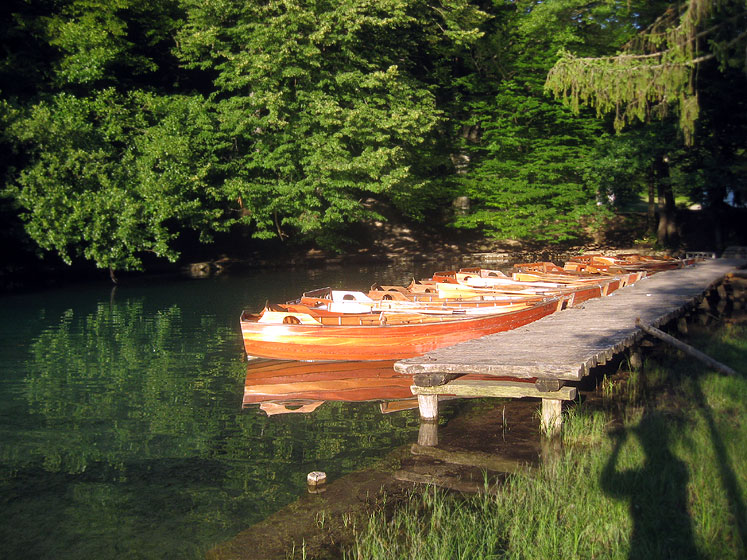 World Travel Photos :: Eidemara :: Croatia.Plitvice Lakes National Park - boats waiting for tourists