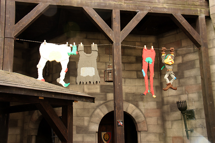 World Travel Photos :: Denmark - Billund - Legoland :: Billund. Legoland - hanging clothes made of Lego