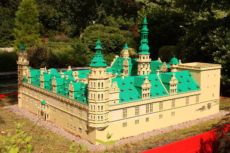 World Travel Photos :: Castles & palaces :: Billund. Legoland -  mini Kronborg Castle