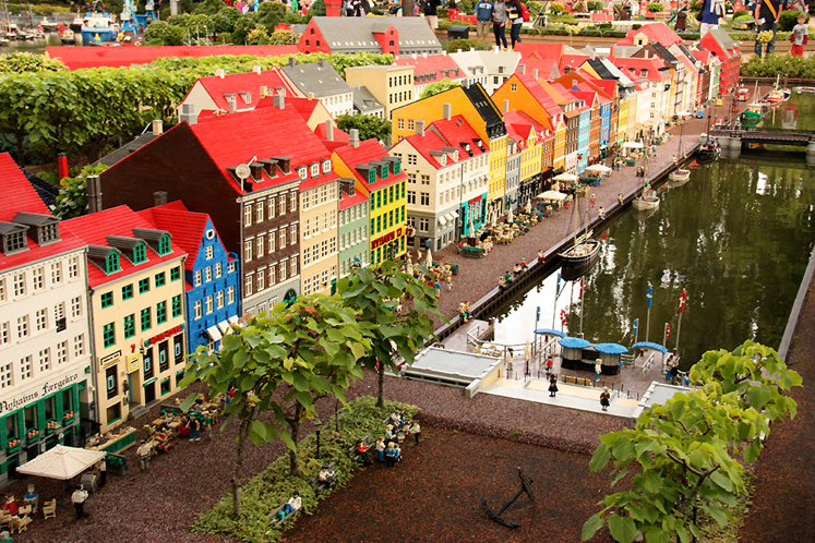 World Travel Photos :: Denmark - Billund - Legoland :: Legoland, Billund. A replica of Nyhavn in Copenhagen