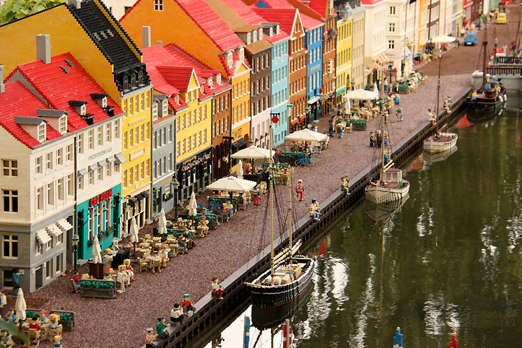 World Travel Photos :: Amusement & theme parks  :: Legoland, Billund. A replica of Nyhavn in Copenhagen