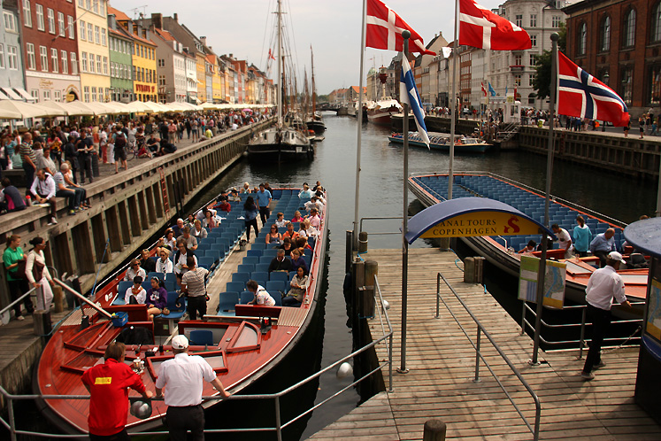 World Travel Photos :: Capitals of the world :: Copenhagen - Nyhavn