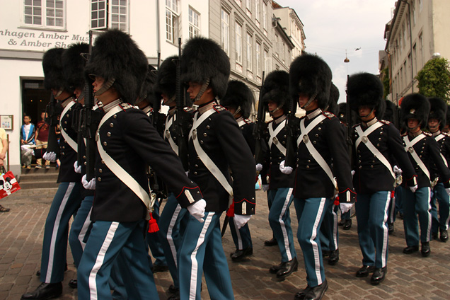 World Travel Photos :: Denmark - Copenhagen :: Copenhagen - change of guards