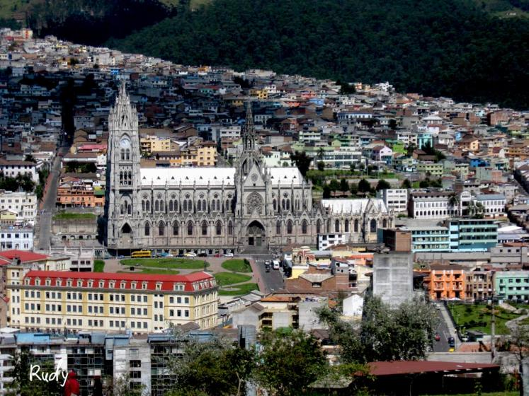 World Travel Photos :: Ecuador  - Misc :: The old part of the city of Quito the capital of Ecuador