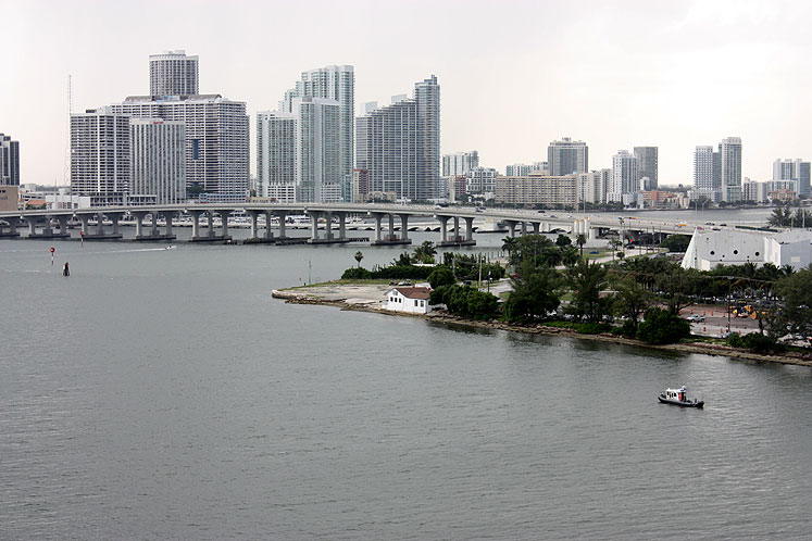 World Travel Photos :: Panoramic views :: Miami skyline