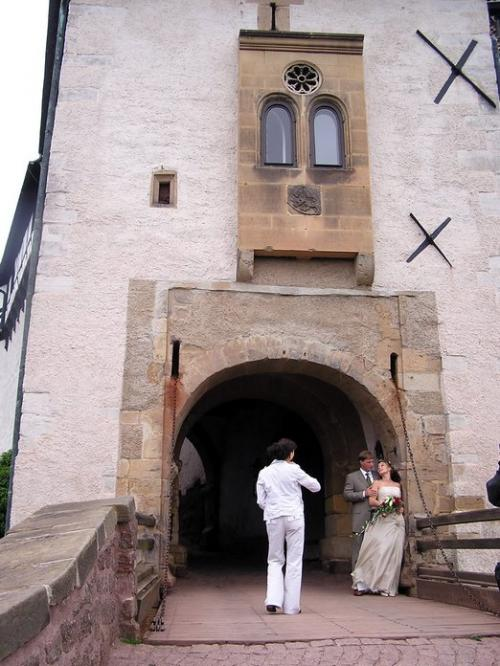 World Travel Photos :: Germany - Misc :: Germany. Castle Wartburg. German wedding at a gate of the Castle