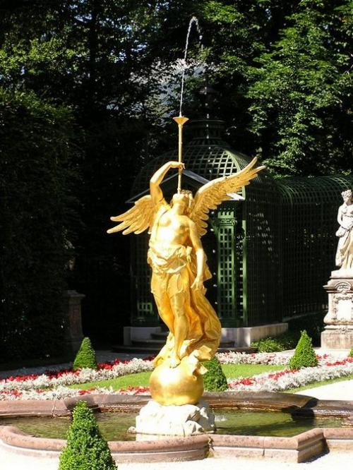 World Travel Photos :: Monuments & sculpture compositions :: Germany. Linderhof Castle
