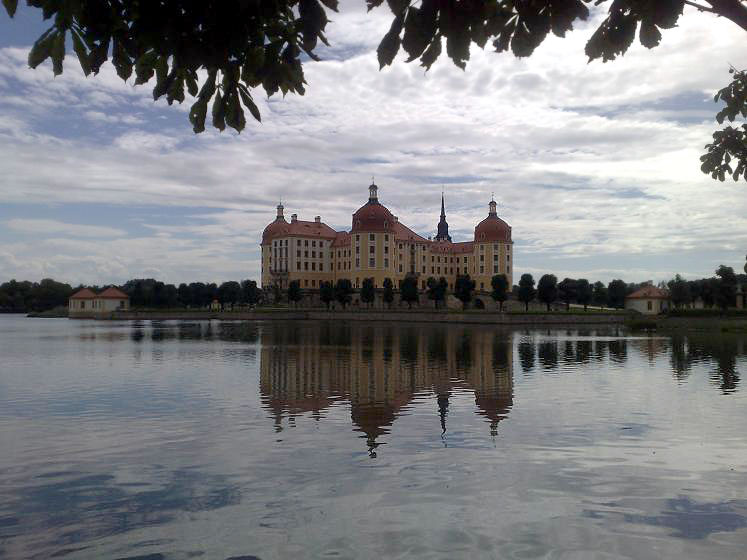 World Travel Photos :: Germany - Misc :: Germany. Schloss Moritzburg - a view across the lake