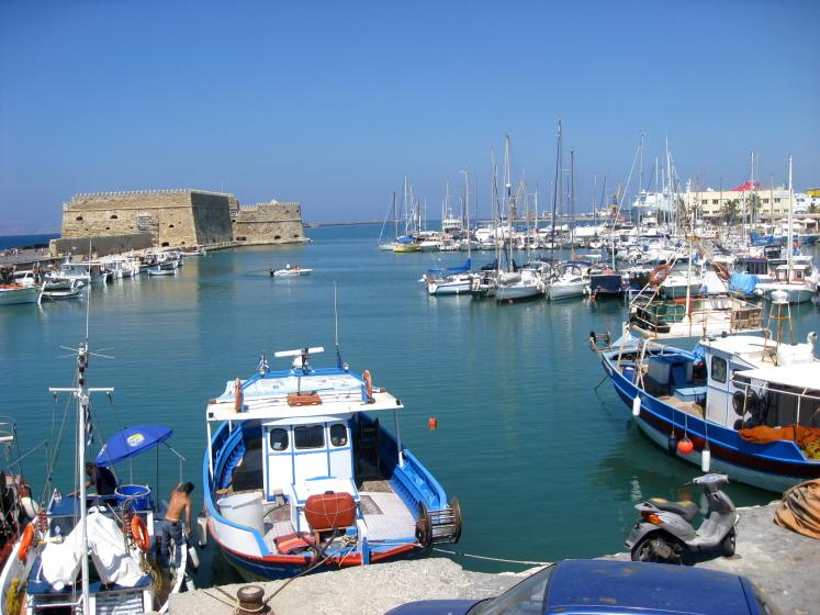 World Travel Photos :: Greece - Misc :: Crete. Marina in Heraklion - private boats