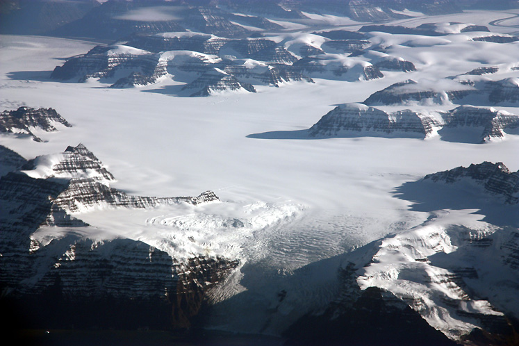 World Travel Photos :: Greenland :: Greenland - a view from the airplane