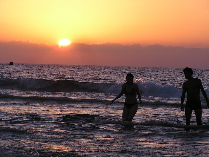 World Travel Photos :: Sunsets :: Israel. Jaffa. Bathing in the sea, on a sunset