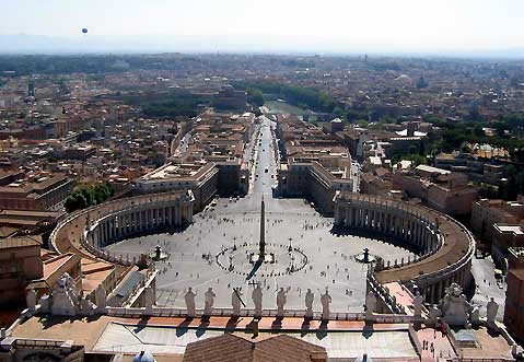 World Travel Photos :: Capitals of the world :: Rome. St. Peter´s Basilica square