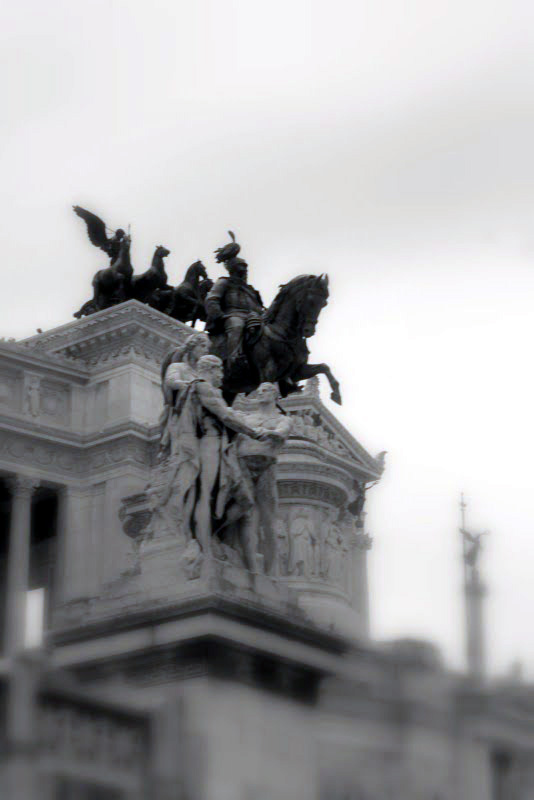 World Travel Photos :: Venetian Square :: Rome. Venetian Square - Victor Emmanuel II