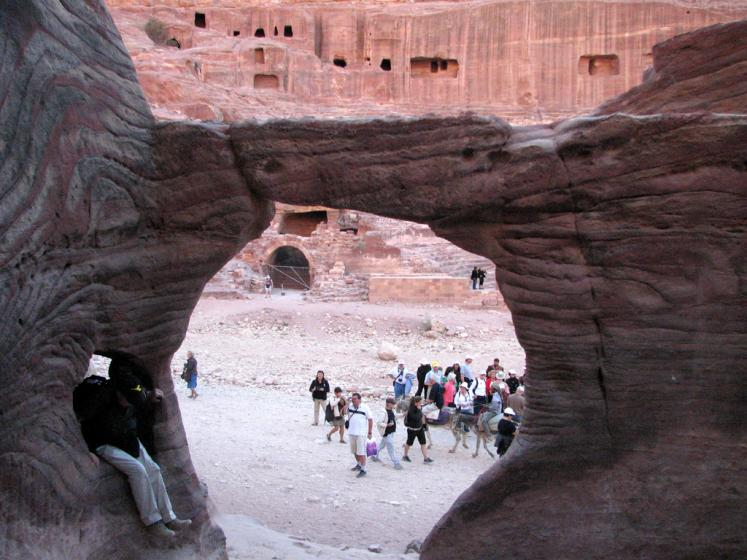 World Travel Photos :: Jordan - Petra :: Petra caves