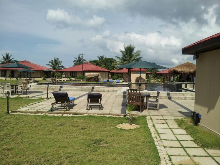 World Travel Photos :: Liberia - Misc :: Liberia, Africa -  Beach Resort