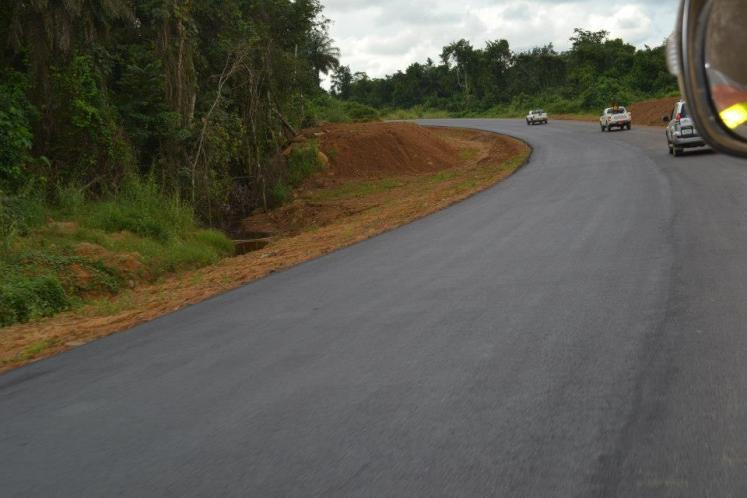 World Travel Photos :: Liberia - Monrovia :: Liberia, Africa - Driving in Liberia