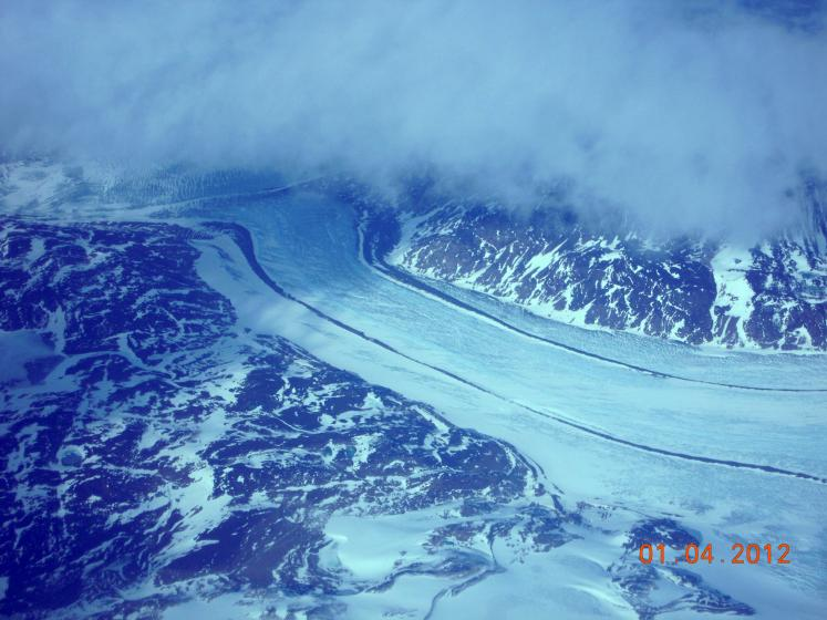 World Travel Photos :: Aerial views :: Greenland. A view from the airplane