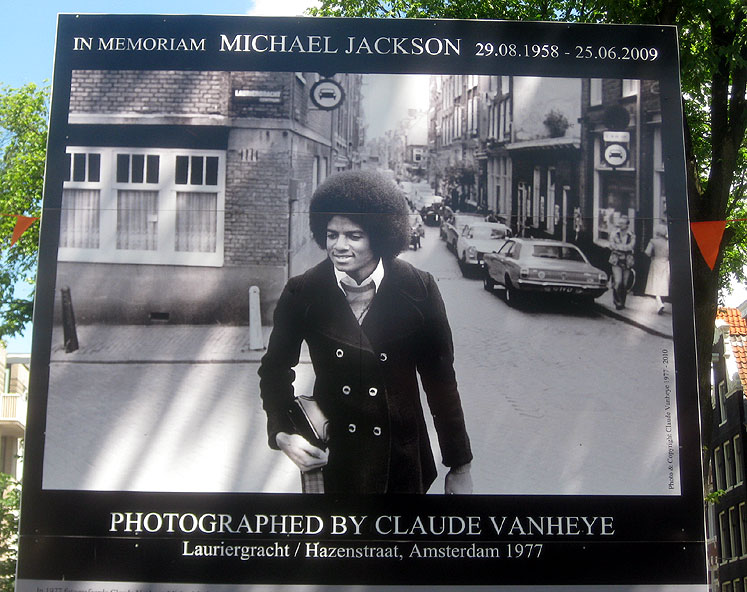 World Travel Photos :: Eidemara :: Amsterdam. A poster of Michael Jackson from 1977