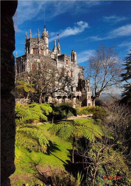 World Travel Photos :: UNESCO World Heritage Sites :: Sintra. Quinta da Regaleira - a palace view