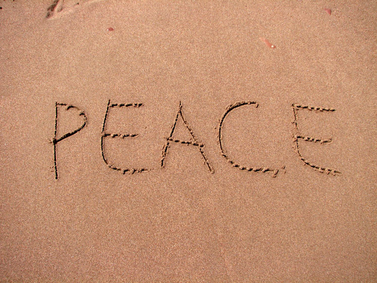 World Travel Photos :: Beaches :: Perce.Percé - a writing in the sand - PEACE