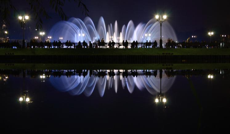 World Travel Photos :: Night views :: Moscow. A fountain in Tsaritsino