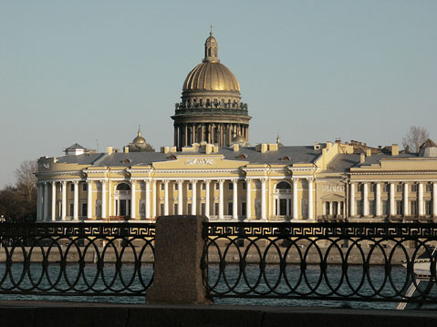 World Travel Photos :: Churches :: St. Petersburg. English embarkment