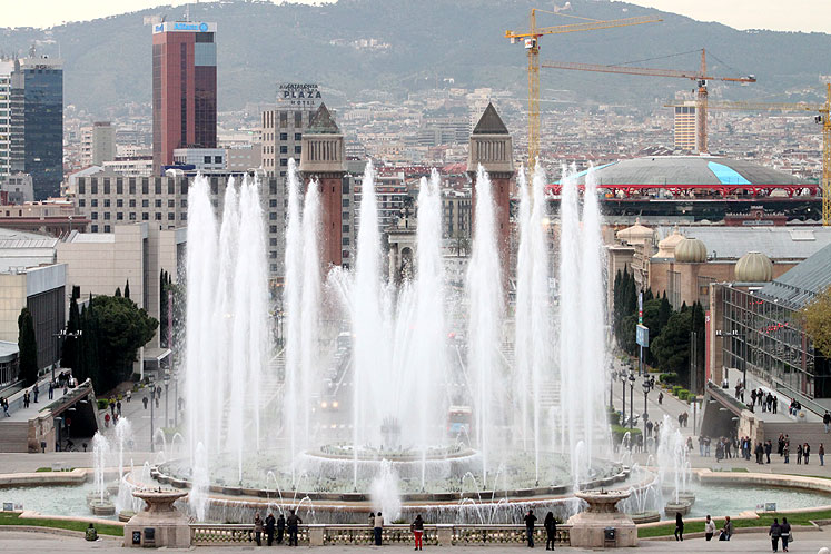 World Travel Photos :: Fountains :: Fountains in Barcelona