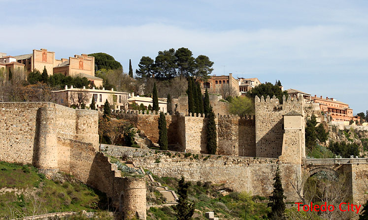World Travel Photos :: Spain - Toledo :: Old walls of Toledo