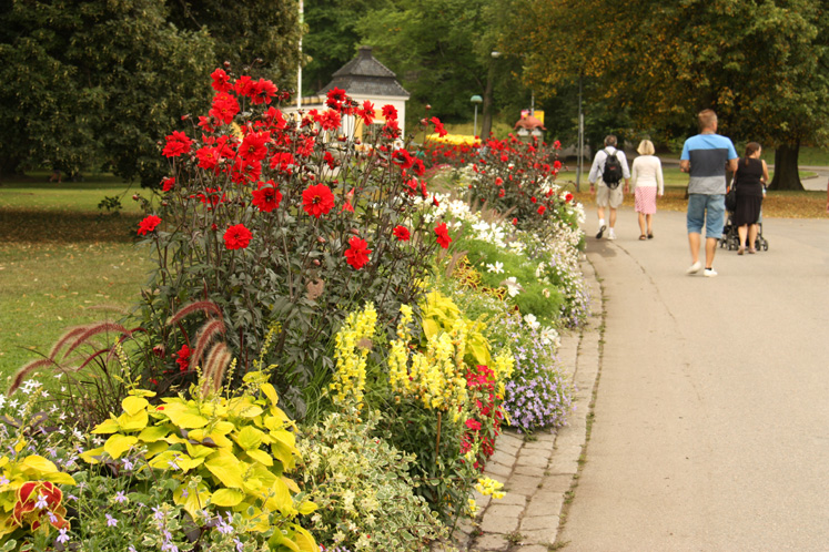 World Travel Photos :: Sweden - Stockholm :: Stockholm. A walkway to the entrance of the Skansen Museum