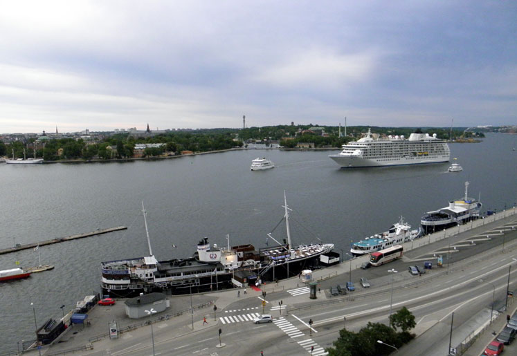 World Travel Photos :: vano :: A port in Stockholm