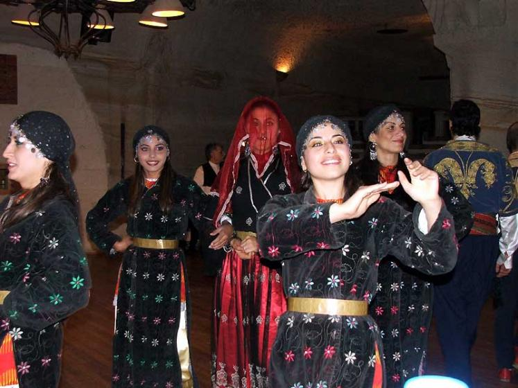 World Travel Photos :: Phyllis :: Istanbul. Dancers