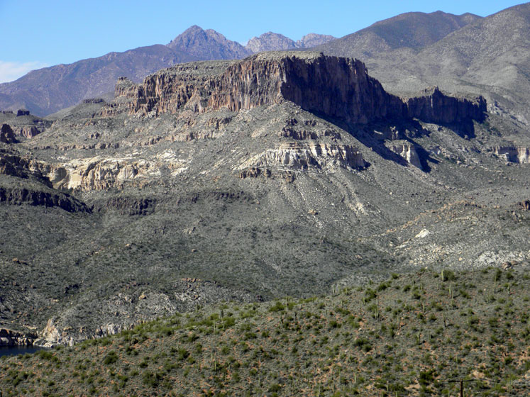 World Travel Photos :: USA - Arizona - Apache Trail :: Arizona. Apache Trail - mostly a deserted view