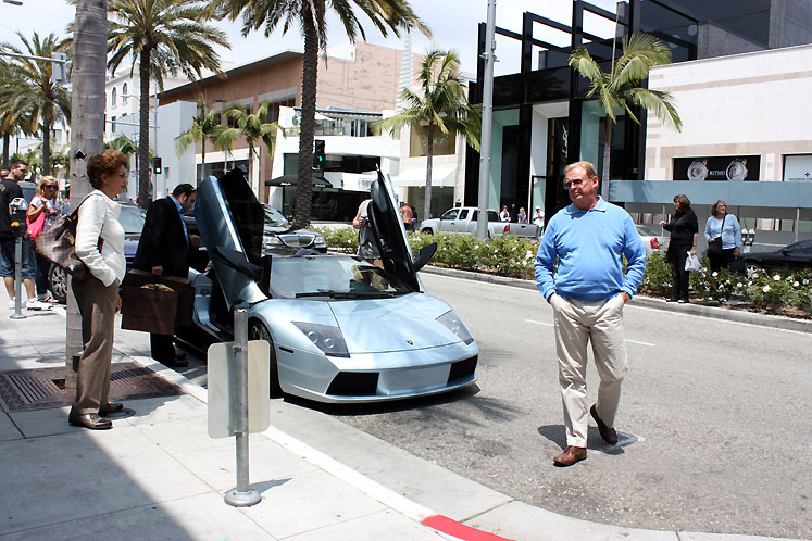 World Travel Photos :: USA - California - Beverly Hills :: Beverly Hills. Rodeo Drive - I wish this car was mine!
