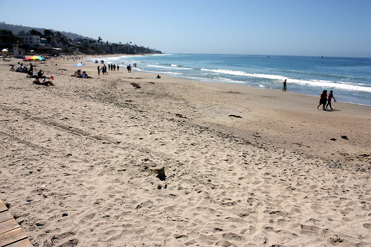 World Travel Photos :: USA - California - Laguna Beach :: California. Laguna Beach - on a beach