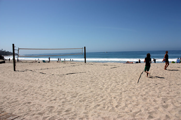 World Travel Photos :: USA - California - Laguna Beach :: California. Laguna Beach - on the beach