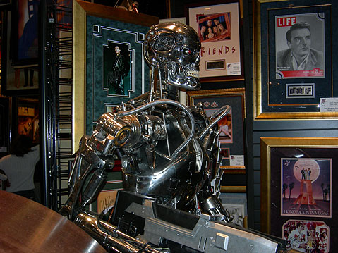 World Travel Photos :: AlexFut :: Disneyland. Robot