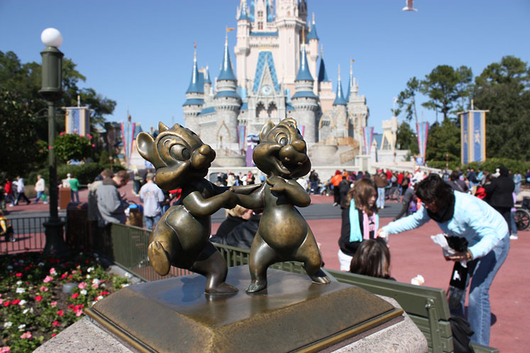 World Travel Photos :: Magic Kingdom :: Walt Disney World - Chip ´n Dale