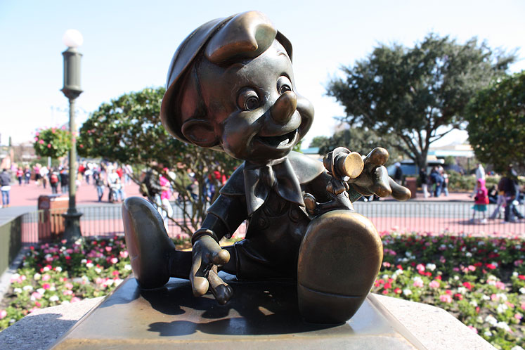 World Travel Photos :: USA - Florida - Orlando - Disney World :: Walt Disney World - Pinocchio